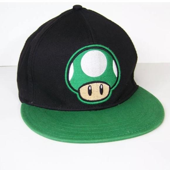 519d1ff5ebf Super Mario Bros 1Up Mushroom Snapback Hat Cap. M 5afdde29daa8f6496b06f797